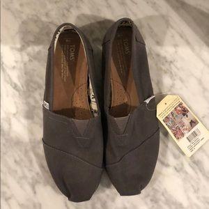 TOMS men's classic grey